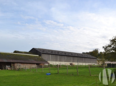 ORNE. Dairy farm with high added value, 630,000 litres on 95 hectares